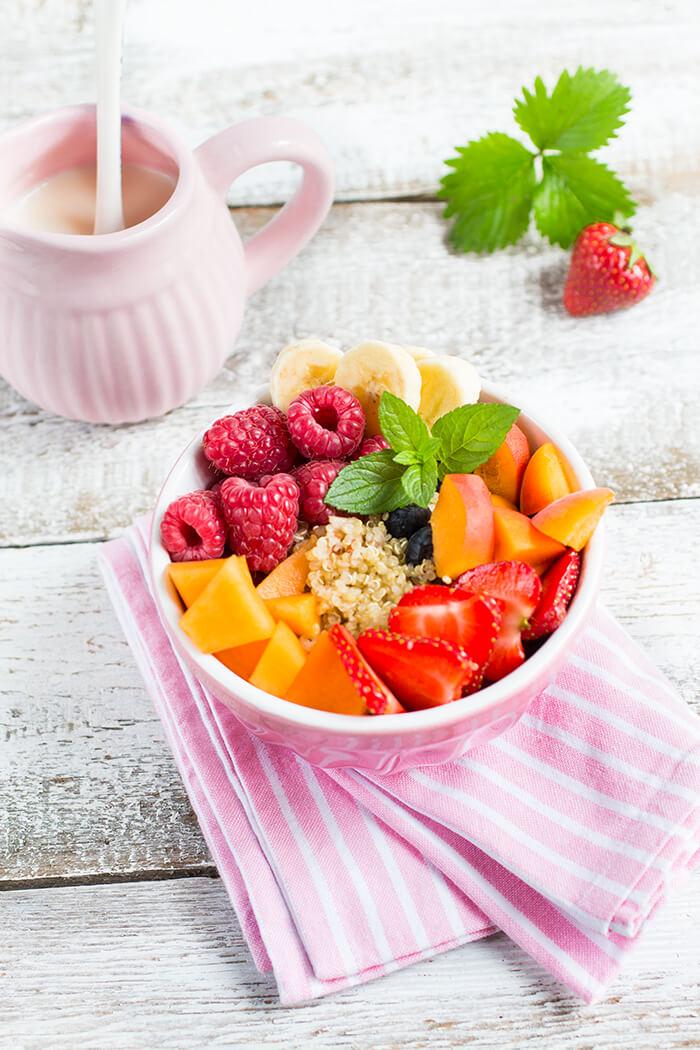 Quinoa-Frühstücks-Bowl