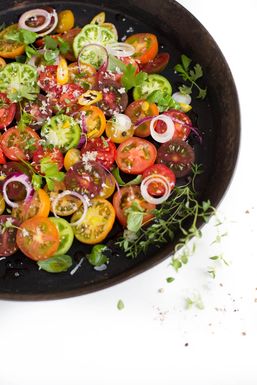Bunter Tomatensalat mit Meerrettich