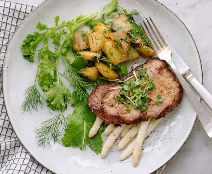 Kalbsschnitzel mit Spargel